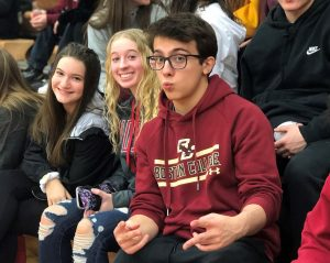 Lorenzo Bender attends a basketball game - February 2020